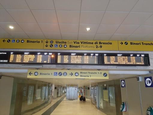 Liguria, Trenitalia: bus e fermate aggiuntive ai treni per i viaggi in regione