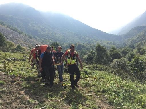 Escursionista ligure si ferisce alla caviglia mentre sale sul monte Grosso in valle Ellero: intervento del soccorso alpino