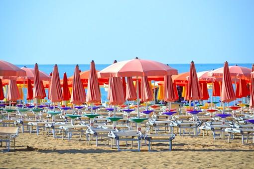 """Nel savonese una nuova app per prenotare il posto in spiaggia. Schiappapietra (Balneari): """"Aiuterà a diminuire il rischio"""""""