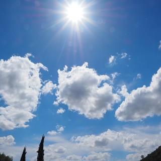 Meteo: alta pressione in rimonta, clima mite e vento ad inizio settimana