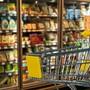 Emergenza coronavirus, supermercati: chiusura entro le 15 di domenica e festivi