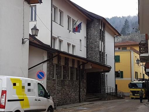 """Lavori estivi nelle scuole di Calizzano, il sindaco Olivieri: """"Ci siamo impegnati per migliorare il nostro plesso scolastico"""""""