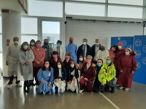 """Savona, dopo il Palatrincee anche il Palacrociere ospita il """"Silver Vaccine Day"""" (FOTO e VIDEO)"""
