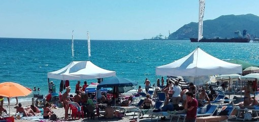 """Savona, approvato un progetto di assistenza balneare disabili per la spiaggia """"Scaletto dei pescatori"""""""