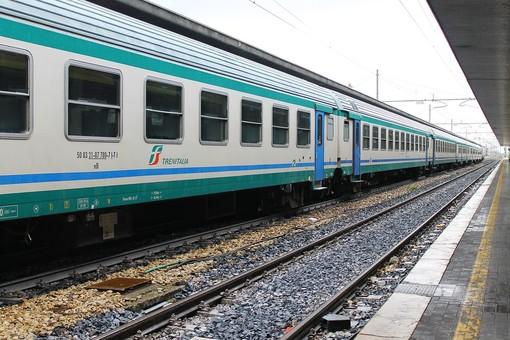 """Aggressioni a bordo treno, sindacati incontrano Prefetture: """"Implementare personale Polfer e sistema video sorveglianza a terra"""""""