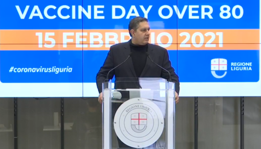 """""""Vaccine day Over 80"""", Toti: """"Tutte le energie della nostra sanità ora concentrate nelle vaccinazioni"""" (VIDEO)"""