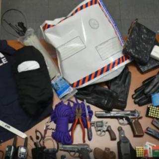 Tentano di sequestrare un imprenditore genovese a Varazze, la Procura conferisce ad un perito informatico un accertamento tecnico sui telefoni sequestrati alla banda