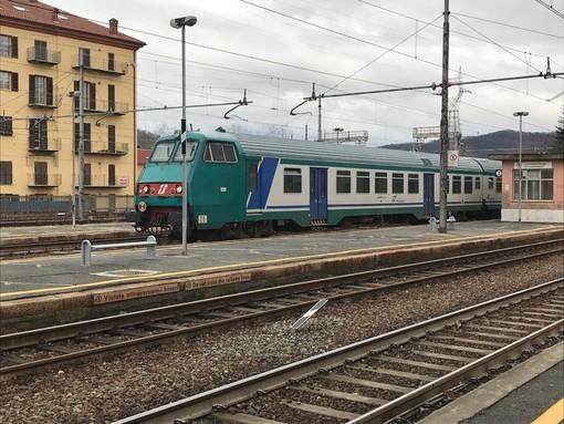 Chiusura A6, potenziato il trasporto ferroviario: 900 posti per il primo treno che scende dalla Val Bormida