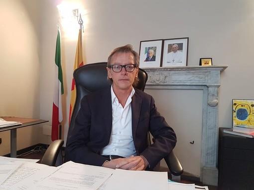 """Albenga, il sindaco Tomatis lancia l'appello: """"Ricordiamo mascherine e distanziamento per evitare nuove misure restrittive"""""""