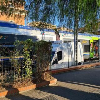 """Scontro tra treno e furgoncino a Loano, i sindacati: """"Da anni diciamo che i passaggi a livello sono pericolosi"""""""