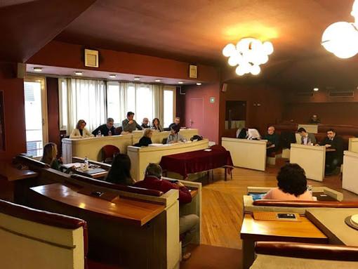 Covid-19, riunioni di giunta e Consiglio comunale in videoconferenza: il comune di Cairo si adegua all'emergenza