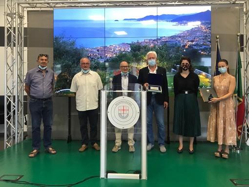 Contest di Regione Liguria sui borghi più belli: Verezzi riceve la targa di riconoscimento (FOTO)