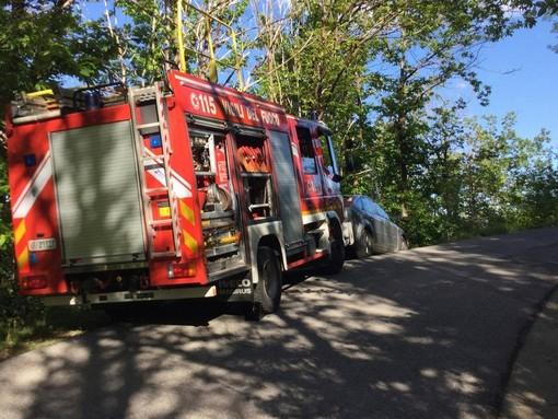 Ciclista si perde nei boschi di Cairo Montenotte, provvidenziale l'intervento dei Vigili del fuoco