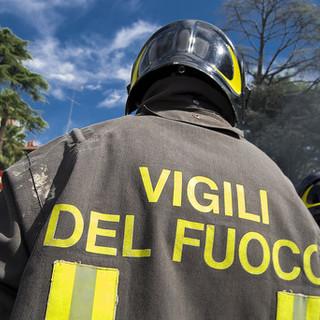 Caduta calcinacci sulla via Aurelia tra Noli e Varigotti: mobilitati i vigili del fuoco