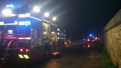 Notte di lavoro per i vigili del fuoco della Provincia: alberi caduti e allagamenti causa maltempo