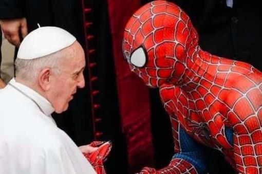 "Mattia Villardita 'Spidermen' in udienza da Papa Francesco. Presidente Toti: ""Grande orgoglio ligure"""