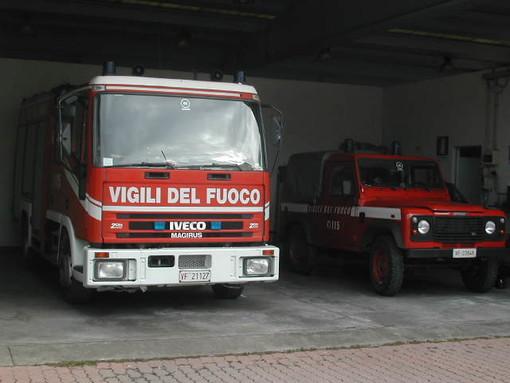 Savona, incendio alla Madonna del Monte: in corso le operazioni di spegnimento