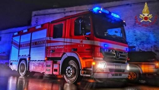 Giostra in fiamme a Ceriale: vigili del fuoco mobilitati