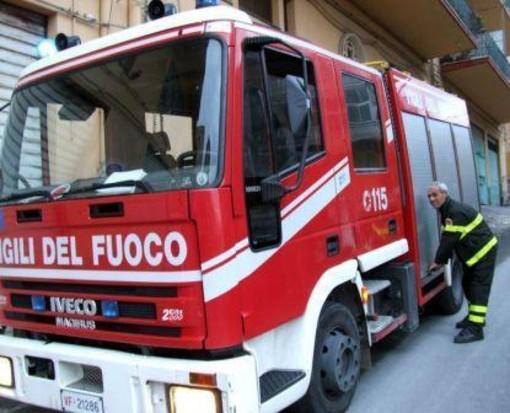 Albenga incendio in un appartamento in via Brescia, ma era un falso allarme