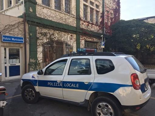 Pietra Ligure, agente della Polizia Locale ferito nel corso di un tso