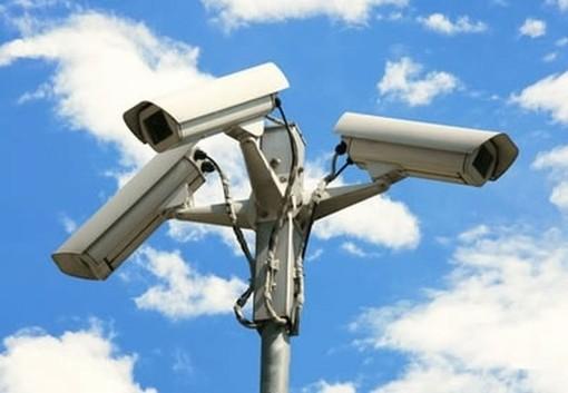 Cairo Montenotte, il Comune investe sulla video-sorveglianza: in arrivo 5 telecamere nelle frazioni