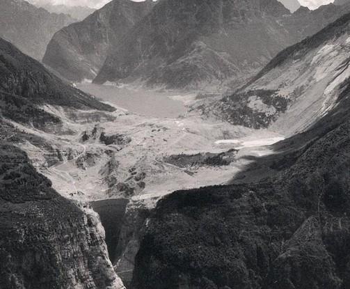 Incredibile ma vero la diga di osiglia non serve a niente for Cabine del lago vuoto